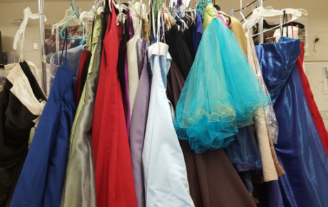 Student Council Offers Free Prom Apparel