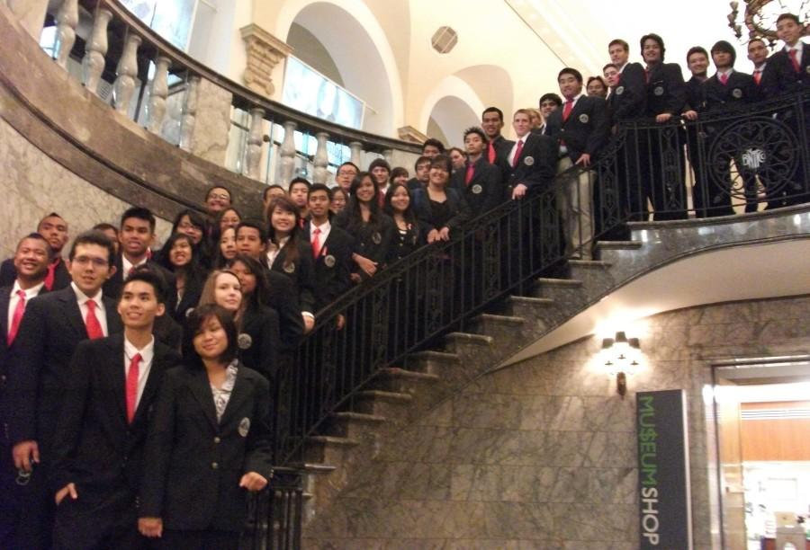 The AKAMAI Finance Academy visits the Museum of American Finance. Did you know the stock exchange was once a room in which stocks were traded on slips of paper over wooden counters? We learned all about the history of American finance, back to when the colonies were first founded. They also had a golden, jewel-encrusted Monopoly set!