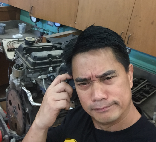 Ryan+Abella+is+the+new+Automotive+Technology+teacher%2C+replacing+Randy+Beltran.+Abella+is+a+first-year+teacher+who+previously+taught+at+Waipahu+High+School.+%E2%80%9CI+want+to+help+facilitate+the+growth+of+our+future+leaders+and+community+contributors%E2%80%9D+he+said.