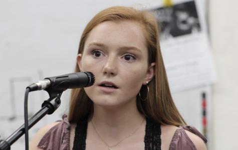 Sophomore Lands Top Six of Island Idol