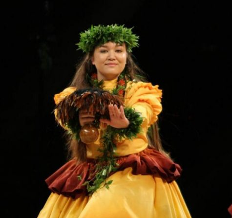 Kala'i Stevens Dances at Merrie Monarch
