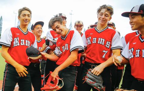 Varsity Baseball Takes Home OIA D2 Title