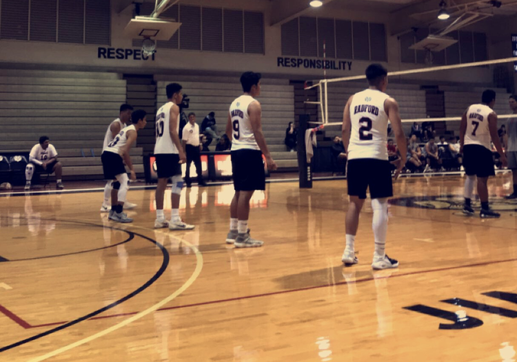Boys+Volleyball+Does+Their+Best+on+the+Court