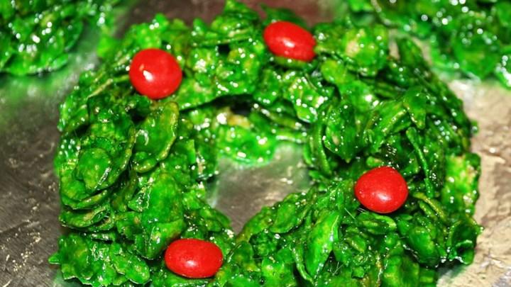 Holiday Recipe: Christmas Wreath Treats