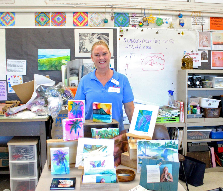 Jenny Floro, an Artist for HouseMart Ben Franklin Crafts presented her paintings in  Fine Arts teacher Susan Harrington's room.