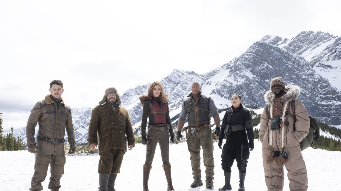 """The cast of """"Jumanji: The Next Level"""" gearing up for the final battle to finally beat the game and head back to their regular daily life. (Photo from indiewire.com)"""